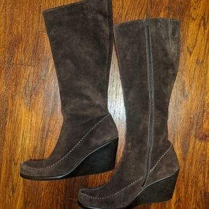Aerosoles brown suede wedge boots 8
